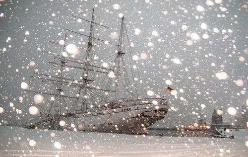 Бесплатное стоковое фото с водный транспорт, гавань, зима, корабль