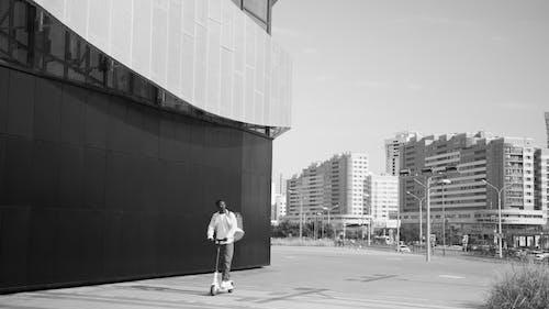 คลังภาพถ่ายฟรี ของ กระเป๋าเป้, การจัดส่ง, ขาวดำ