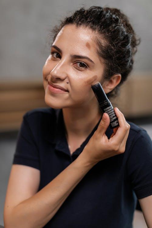 Kostenloses Stock Foto zu beauty-blog, beauty-produkt, bewirbt sich