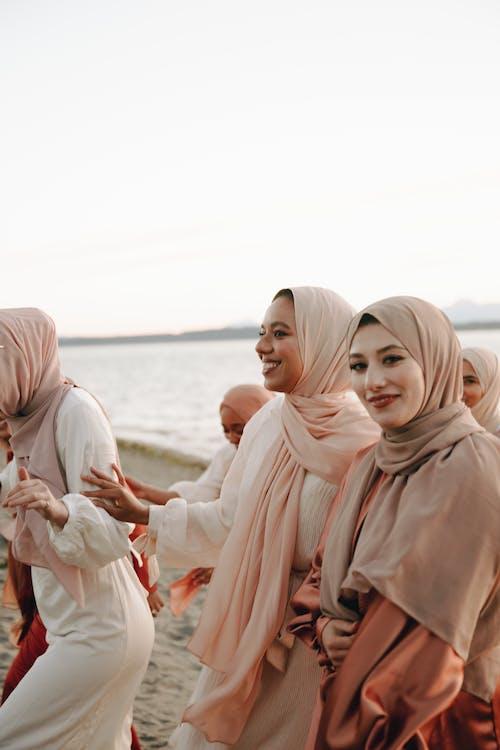 Foto stok gratis cantik, istri, jilbab