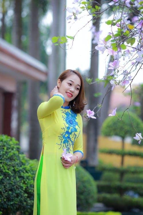 亞洲女人, 亞洲女孩, 亞洲女性, 傳統服飾 的 免費圖庫相片