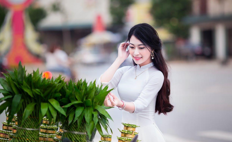 asijská holka, dlouhé vlasy, hezký