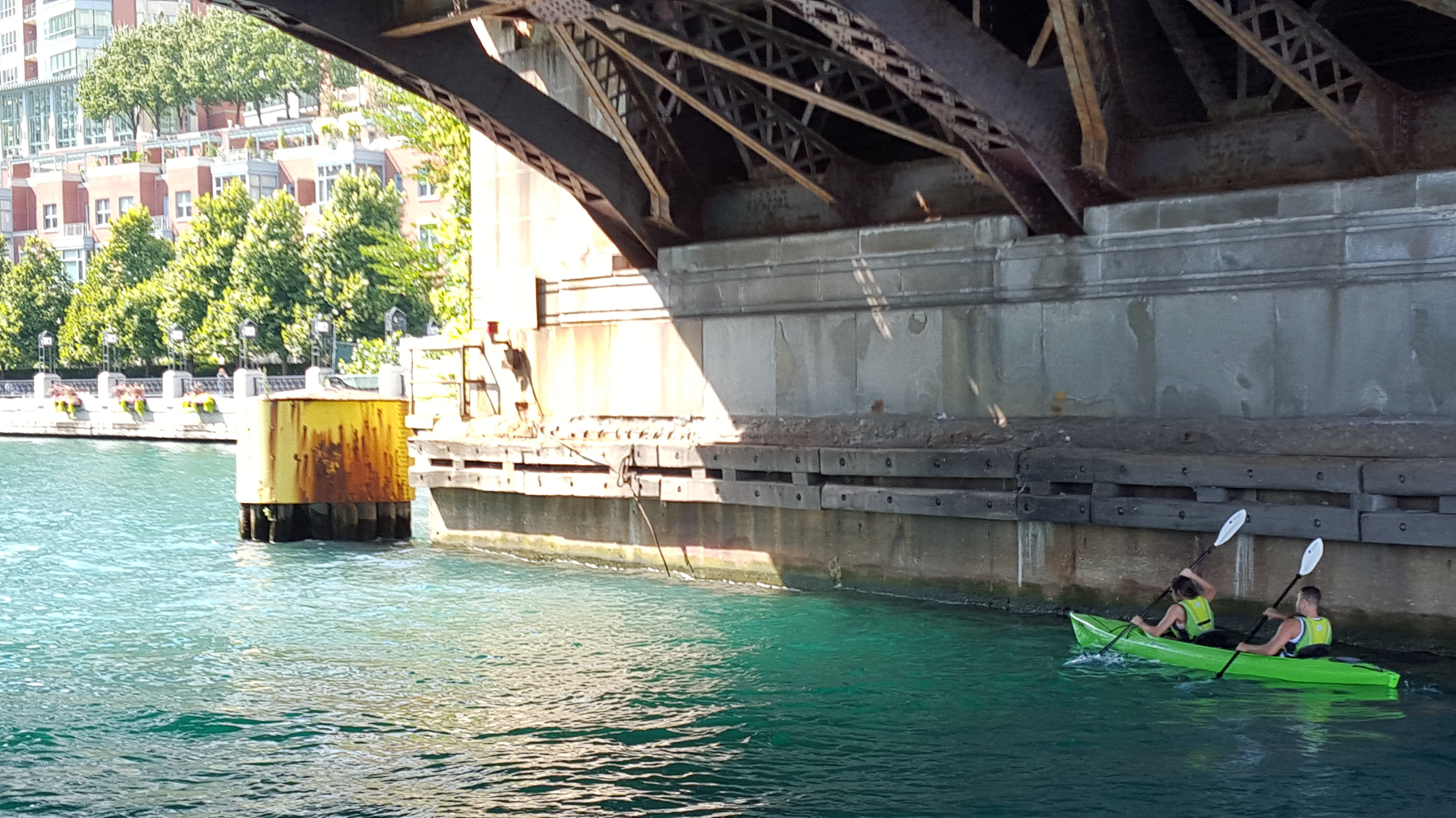 Free stock photo of bridge, chicago river, kayak, outdoorchallenge