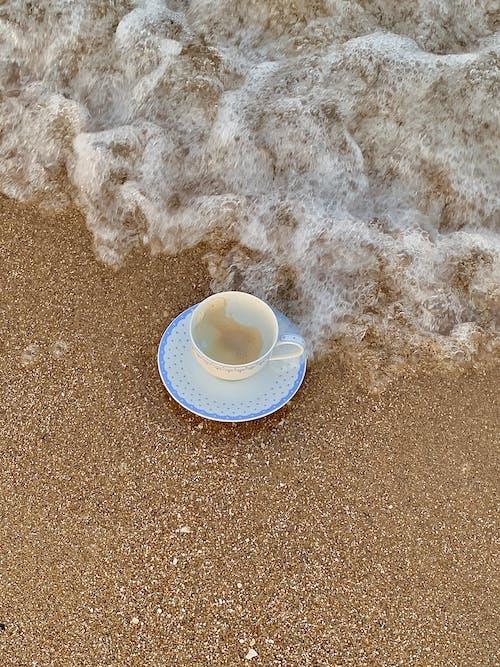 Δωρεάν στοκ φωτογραφιών με ακτή, άμμος, ΑΦΡΟΣ της ΘΑΛΑΣΣΑΣ