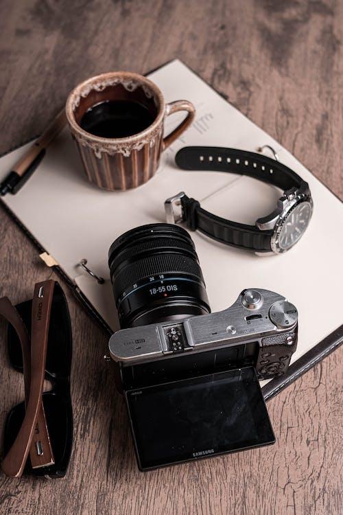 Foto profissional grátis de Antiguidade, aparelhos, café