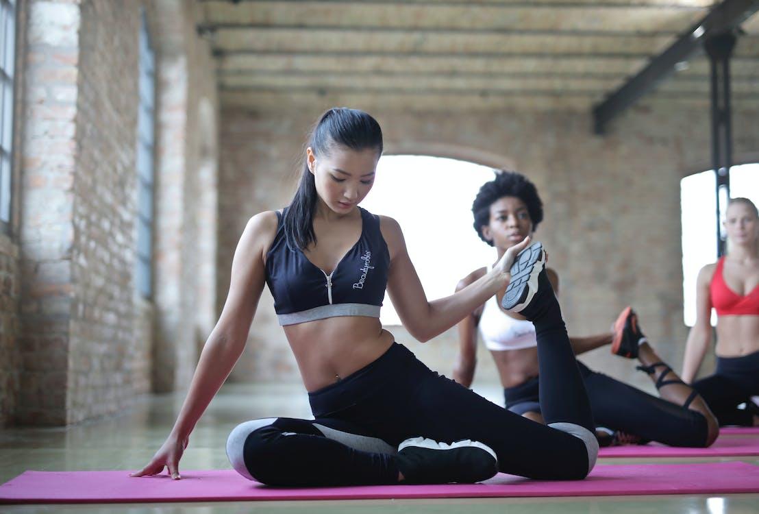 academia de ginástica, ação, adulto