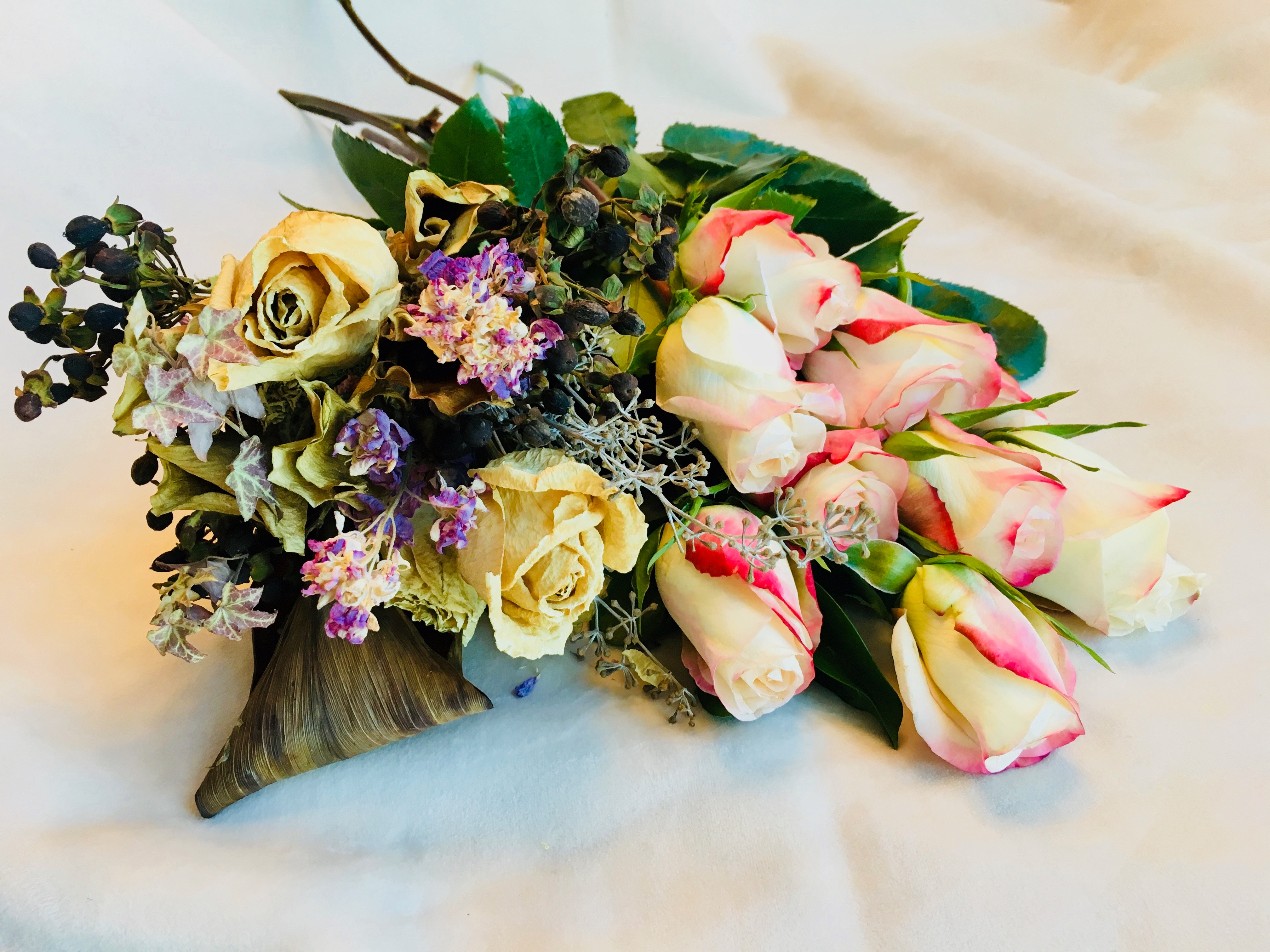 Free stock photo of dried flowers with fresh roses, flower bouquet, old and new