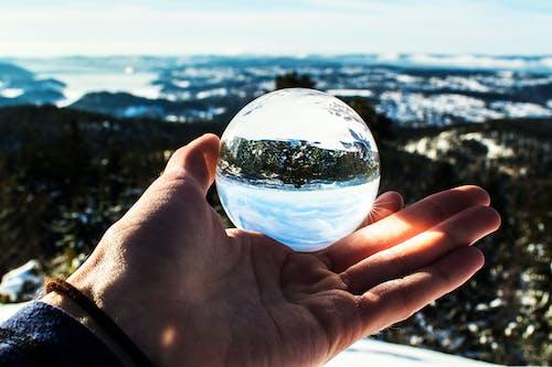Foto profissional grátis de ao ar livre, bola de cristal, cristal, diurno