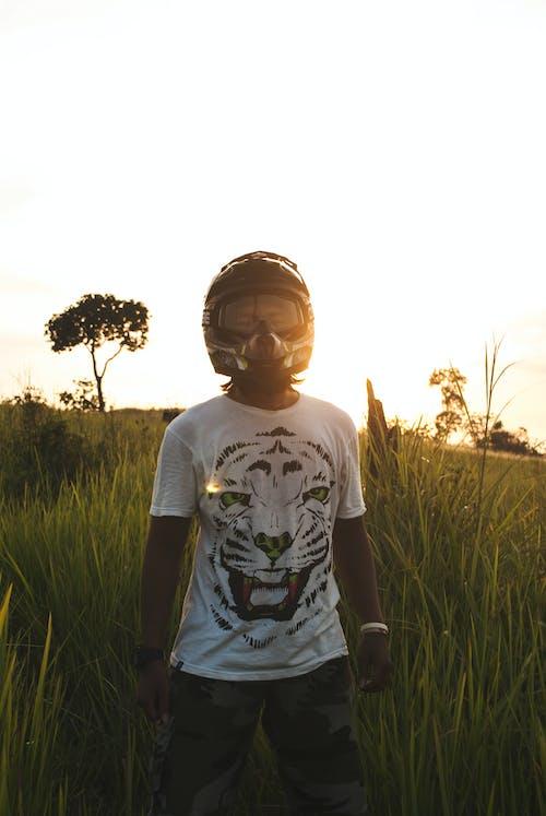 Gratis lagerfoto af baglygte, hjelm, motorcyklist