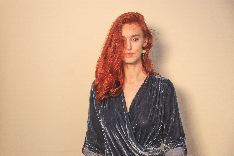 Ingyenes stockfotó álló kép, haj, hölgy, lány témában