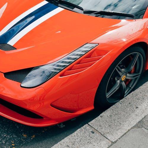 Kostenloses Stock Foto zu auto, ferrari, frontscheinwerfer, großes rad