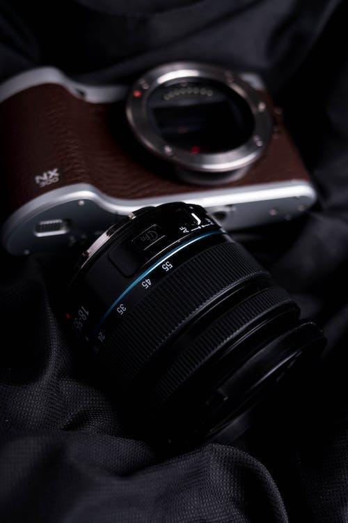 Kostenloses Stock Foto zu ausrüstung, autorennen, digitalkamera