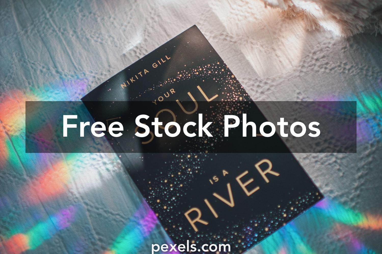 1000 Great Book Cover Photos Pexels Free Stock Photos