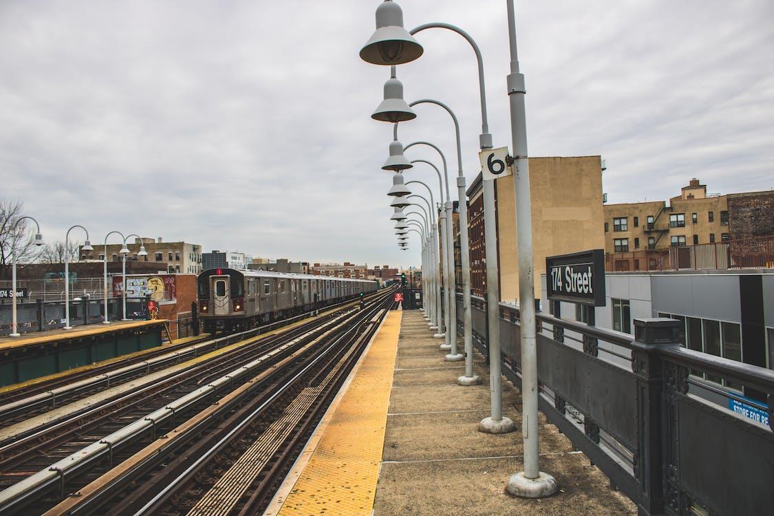 binalar, demir yolu, Demir yolu rayları