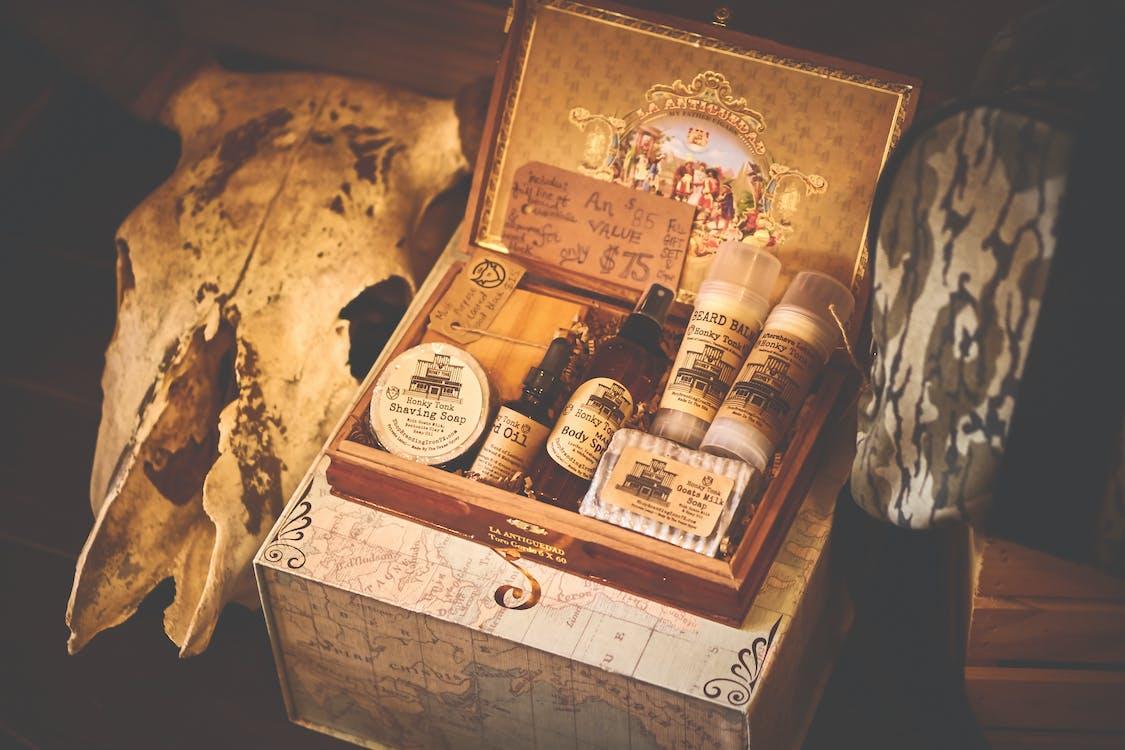 Grooming Kit in Box