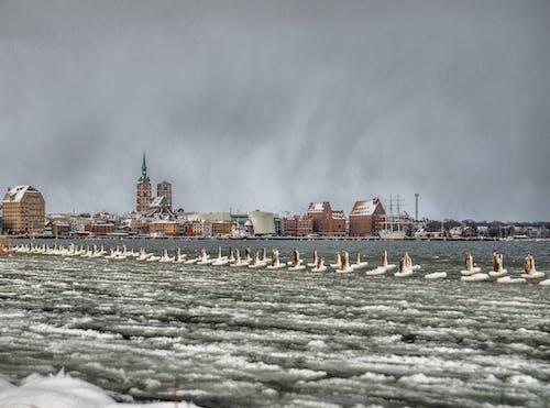 gemi, kar, kar yağışlı, kilise içeren Ücretsiz stok fotoğraf