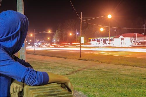 Fotos de stock gratuitas de azul, carretera, carreteras, césped