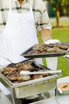 Kostenloses Stock Foto zu essen, mann, steak, fleisch