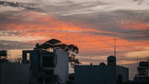 Gratis lagerfoto af by, bygning, himmel