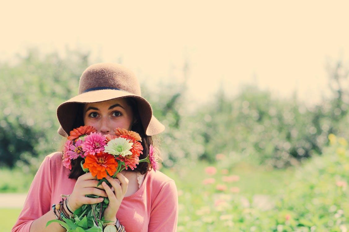 cánh đồng, cỏ, con gái