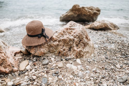 Darmowe zdjęcie z galerii z kapelusz, lato, martwa natura