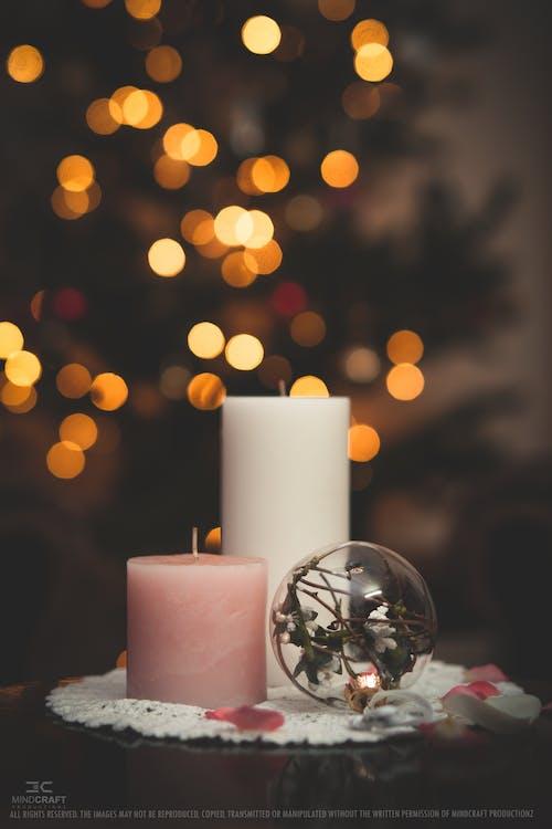 Ilmainen kuvapankkikuva tunnisteilla joulu, kristallilasi, kristallipallo, kynttilät