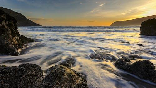 Foto profissional grátis de água, costa, mar, nascer do sol
