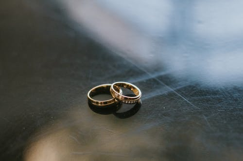 Immagine gratuita di anelli di fidanzamento, avvicinamento, costoso
