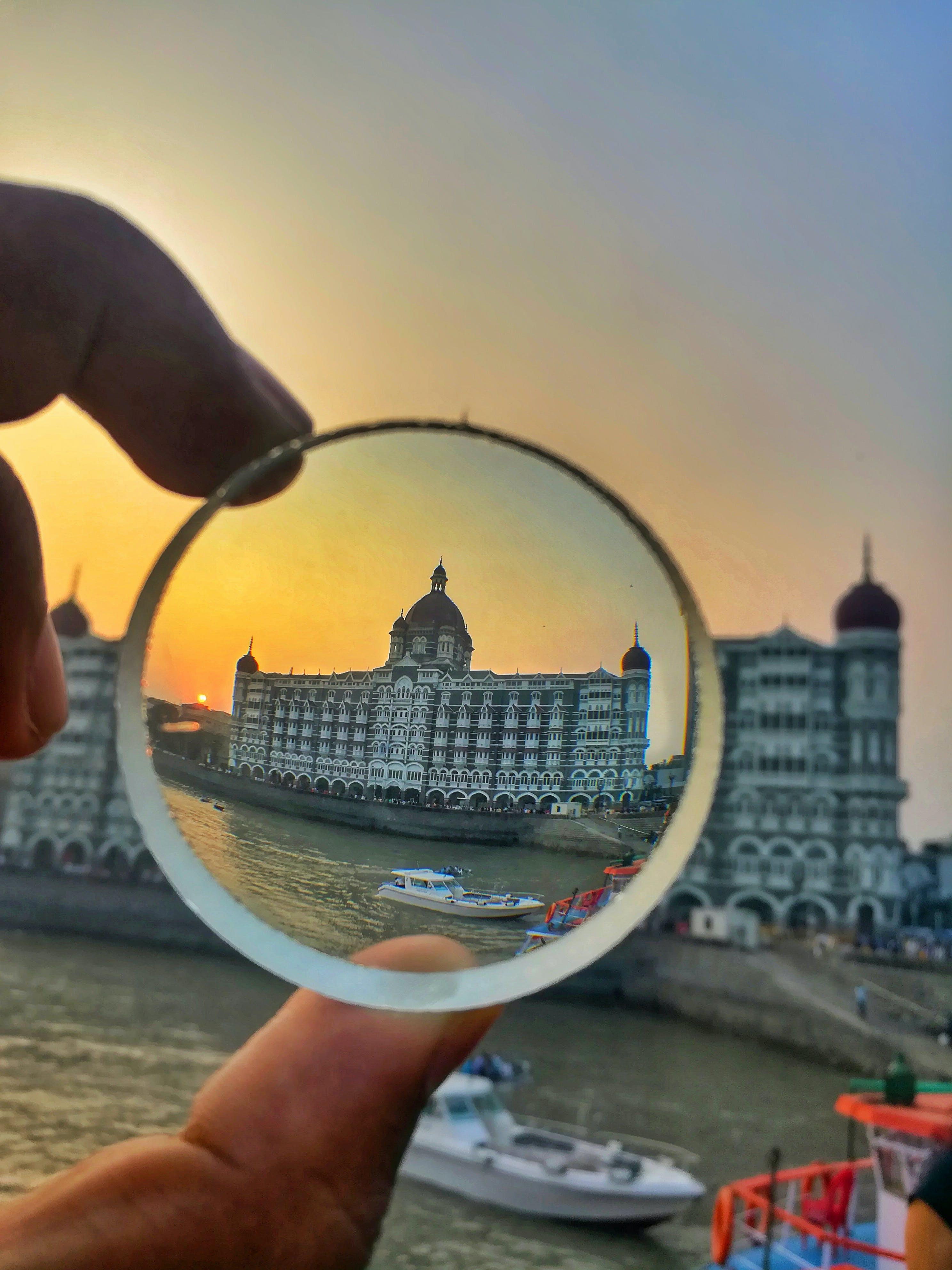 of crystal glass, five star hotel, hotel, mumbai