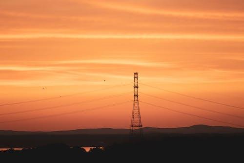 Základová fotografie zdarma na téma elektrické vedení, elektrický sloup, elektrický stožár