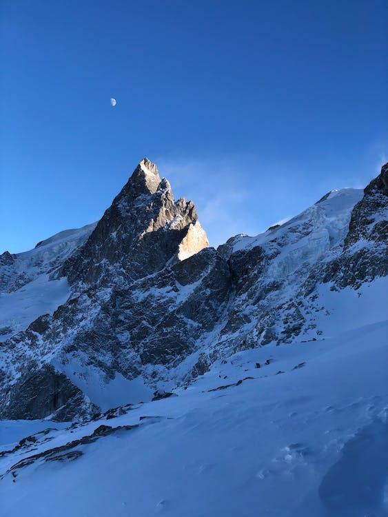 βουνά, βουνοκορφή, βράχια