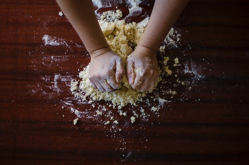 ekmek, fırın, fırıncı, fırında pişirmek içeren Ücretsiz stok fotoğraf