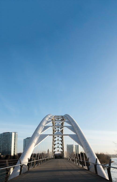 Fotobanka sbezplatnými fotkami na tému centrum mesta, humber bay arch bridge, most, oblúk