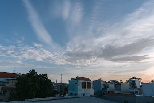 Безкоштовне стокове фото на тему «дім, Захід сонця, місто»