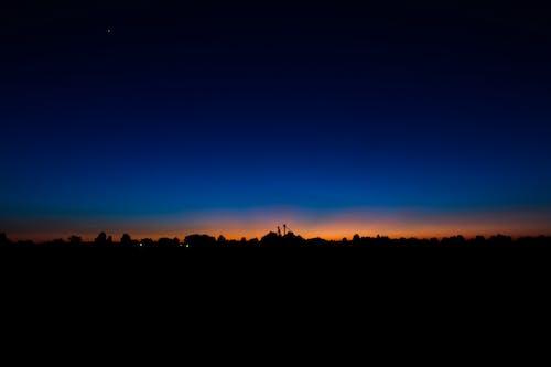Ingyenes stockfotó éjszaka, kék ég, minimalista, természet témában