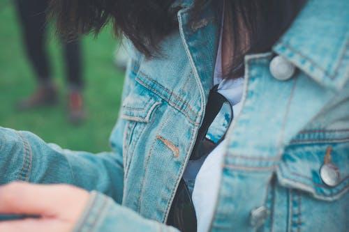 Foto d'estoc gratuïta de a l'aire lliure, botons, cabell