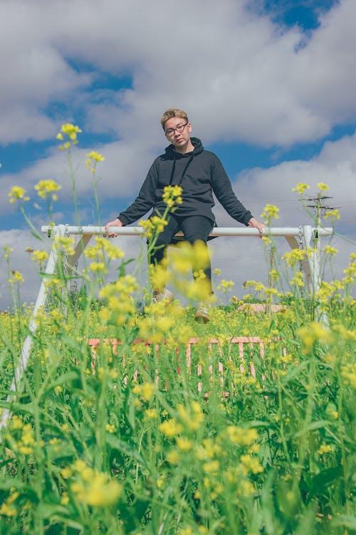 คลังภาพถ่ายฟรี ของ การเจริญเติบโต, คน, คนเอเชีย, ดอกไม้
