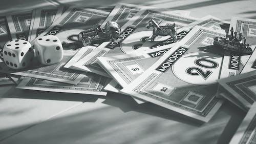 Gratis lagerfoto af brætspil, elementer, falske penge