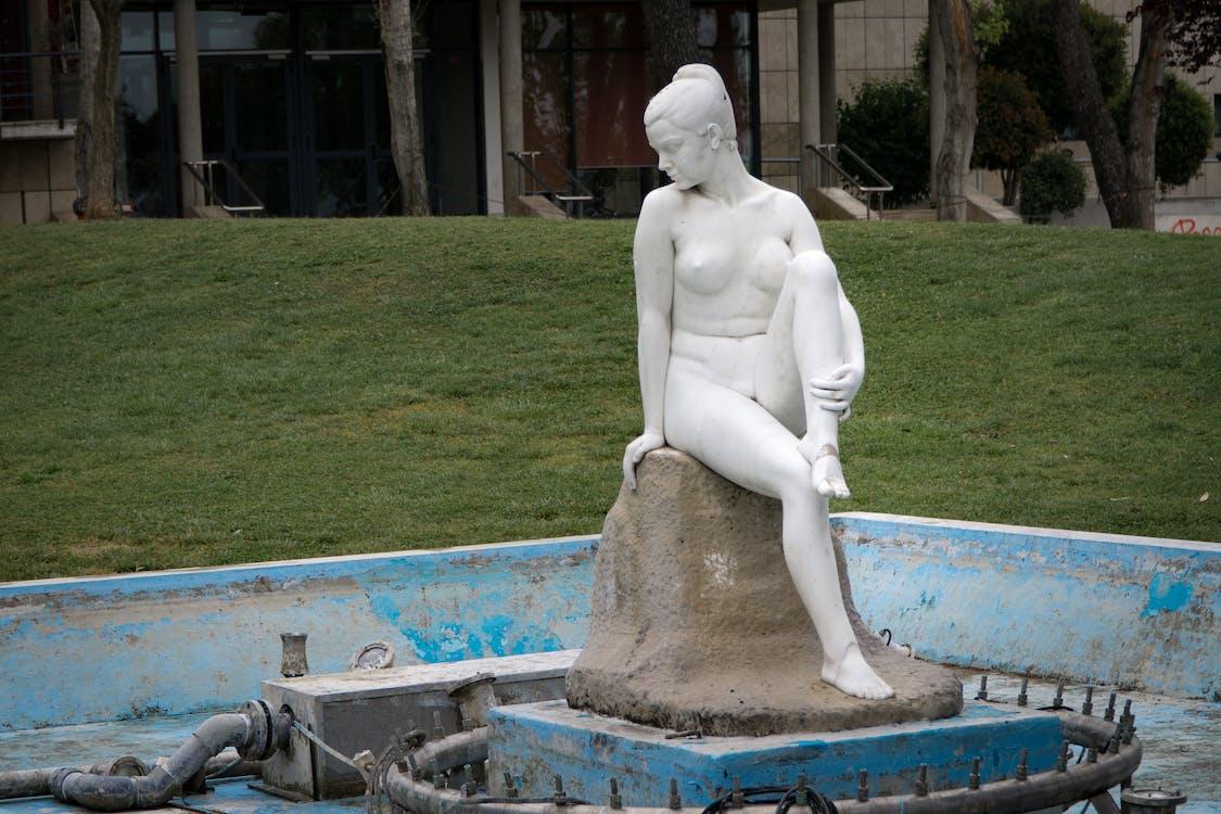 Arte, césped, desnudo