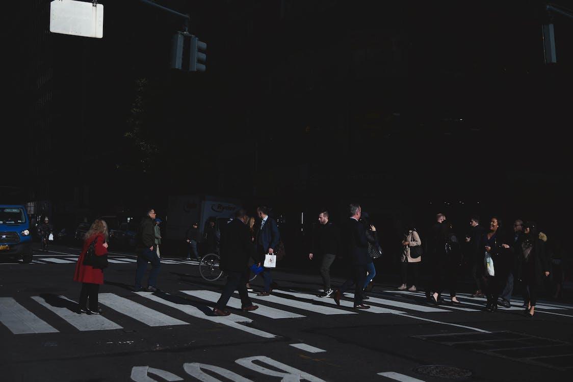 asfalt, folkemengde, fotgjengere