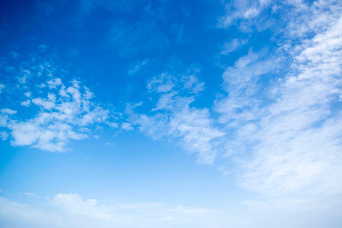 atmosfera, błękitne niebo, chmury