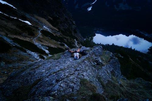 Δωρεάν στοκ φωτογραφιών με αλπική λίμνη, άνδρας, άνθρωπος, άντρας