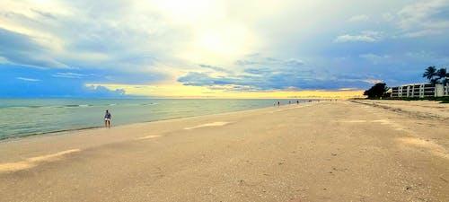 Immagine gratuita di sabbia, sfondo tramonto, spiaggia