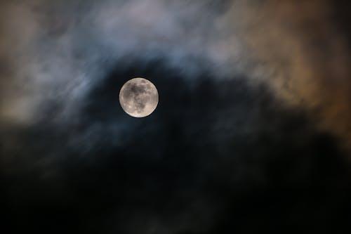 Ảnh lưu trữ miễn phí về ánh sáng, ánh trăng, bầu trời đêm, cảnh đêm