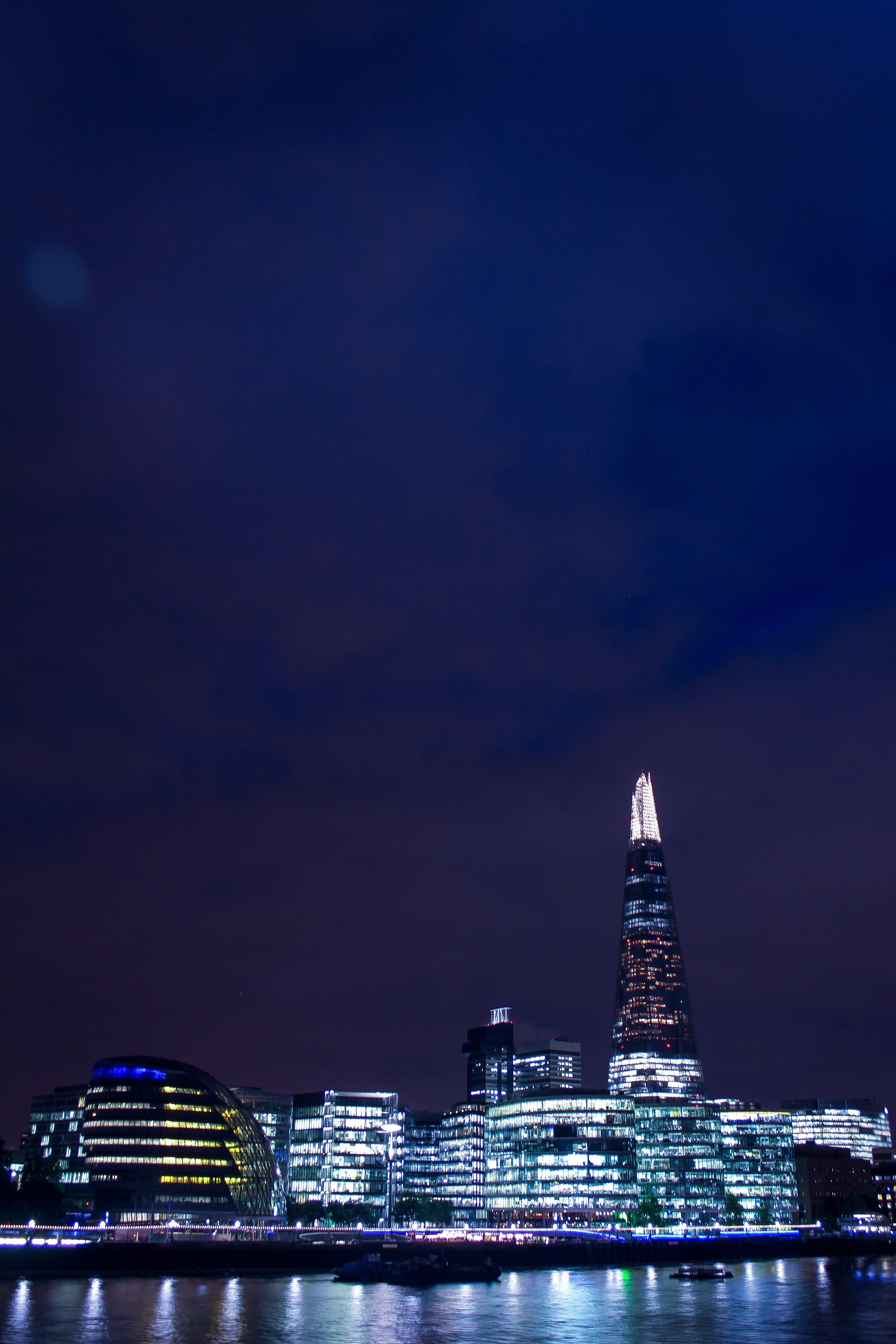 Kostenloses Stock Foto zu stadt, beleuchtung, nacht, wasser