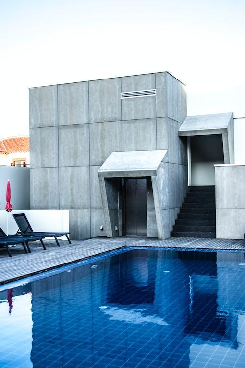 Бесплатное стоковое фото с архитектура, Архитектурное проектирование, Архитектурный, бетонная поверхность