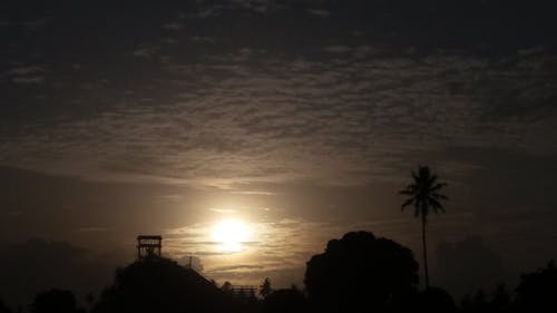 Fotobanka sbezplatnými fotkami na tému more mrakov, popol popola, ranné slnko