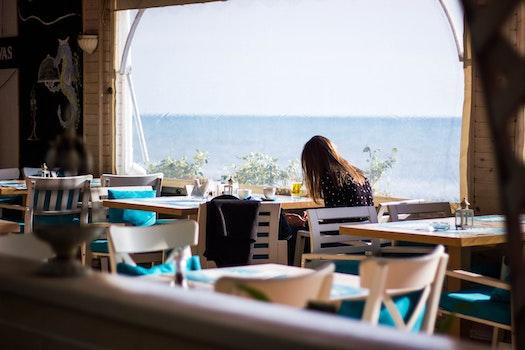 Kostenloses Stock Foto zu meer, restaurant, strand, ferien