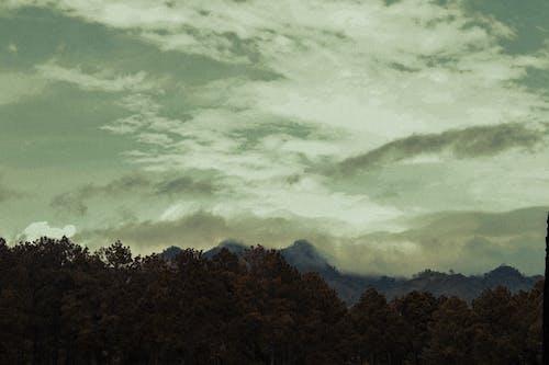 Základová fotografie zdarma na téma #clouds, hora, láska, příroda