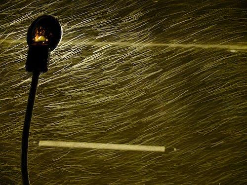Безкоштовне стокове фото на тему «#minimalism #snow #night #street #light»